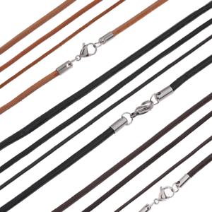 Tribal-Spirit-Kette-Leder-Lederband-mit-Verschluss-aus-Edelstahl-schmuckrausch