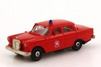 1:87 Mercedes-Benz 190c W110 Feuerwehr Essen - Brekina 1821