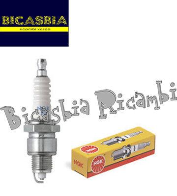 CANDELA NGK B6HS PASSO CORTO   PEUGEOT SC 50L
