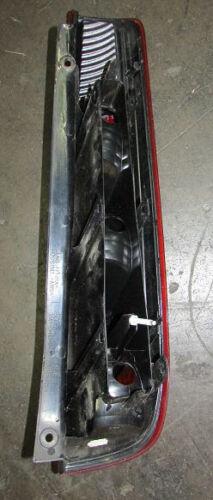 Rückleuchte Ford Fiesta 3türer links BJ 10.02-10.05 2S51-13A603-BE 1324570