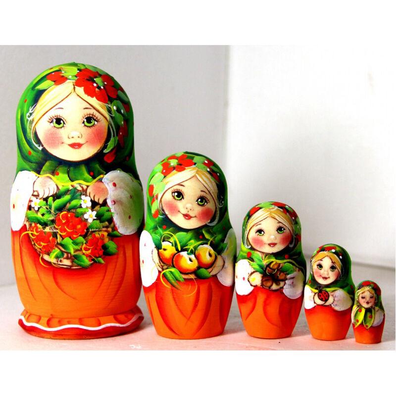 vendita online Nesting bambolas Alina Alina Alina girl with a basket of rowan verde rosso collection wood giocattolo  ultimi stili