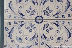 Quattro piastrelle vietri in gres bianco blu crestarella vintage