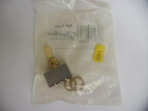 Boston SW-5-GI 3-way switch (block model) gold with ivory cap.