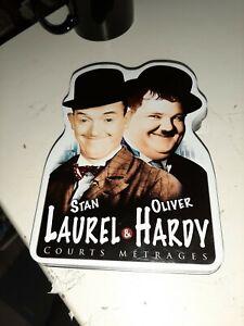 COFFRET-4-DVD-LAUREL-et-HARDY-4-courts-metrages-BOITIER-METAL-REMASTERISES