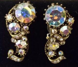 Vtg-Signed-Hollycraft-1958-Goldtone-Clear-Rhinestone-Swirl-Clip-Back-Earrings
