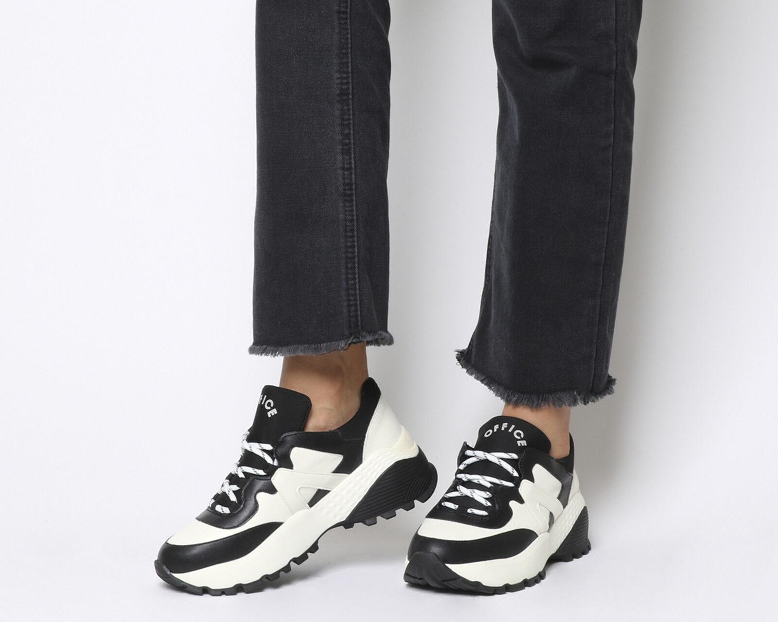 Damenschuhe Office Freestyler Hiker Lace Ups Weiß AND BLACK Flats
