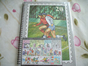 FOOTBALL-50-TIMBRES-TOUS-DIFFERENTS-ALBUM-10-PAGES