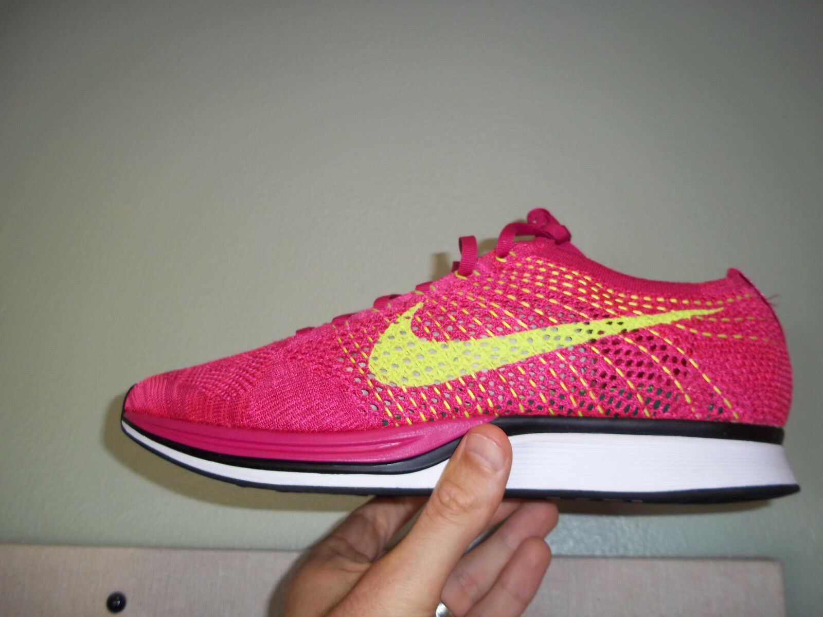 Men's Nike Flyknit Racer size 14 (526628 607) Fireberry/Volt No Box Top