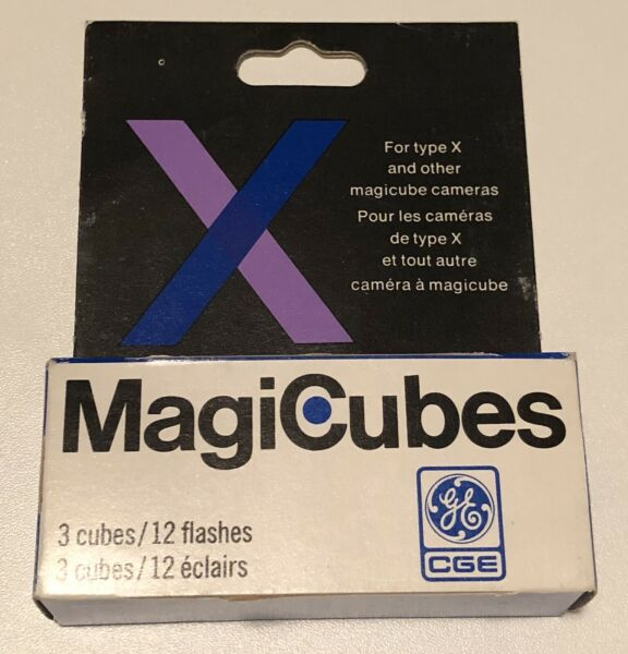 General Electric MagiCubes 3x cubes 12 flashes brand new in box