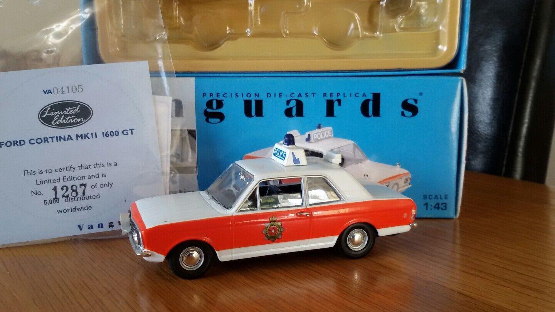 1 1 1 43 Vanguards Lancashire Police Ford Cortina Mk2 GT VA04105 Perfect Cond Boxed 169db6