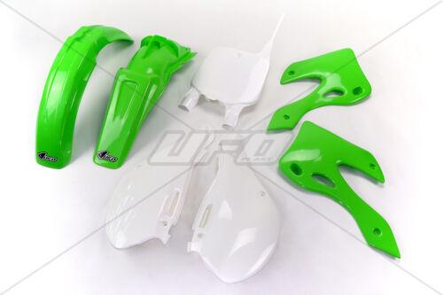 KAWASAKI KX 125 250 99-02 UFOPLAST plastica set di rivestimento di plastica Set Verde OEM