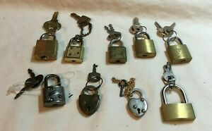 Junk-Drawer-Lot-of-9-Miniature-Padlocks-and-Keys