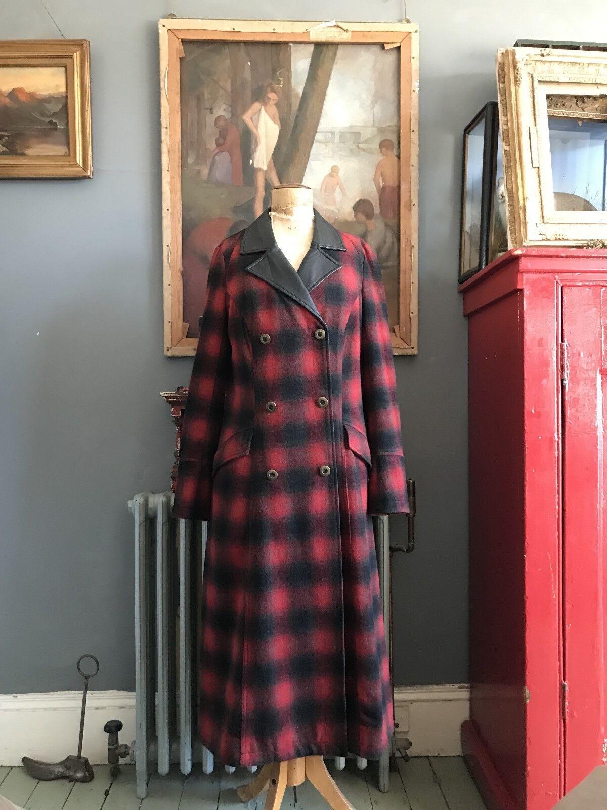 rot and schwarz long wool blend coat Größe UK 12