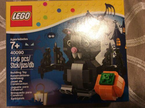 Lego 40090 Halloween Bat /& Pumpkin Set New Sealed  RETIRED Discontinued 2014