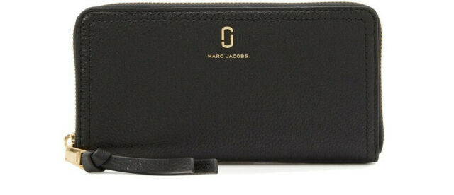 Marc Jacobs Standard Leather Continental Wallet In Black NWT.