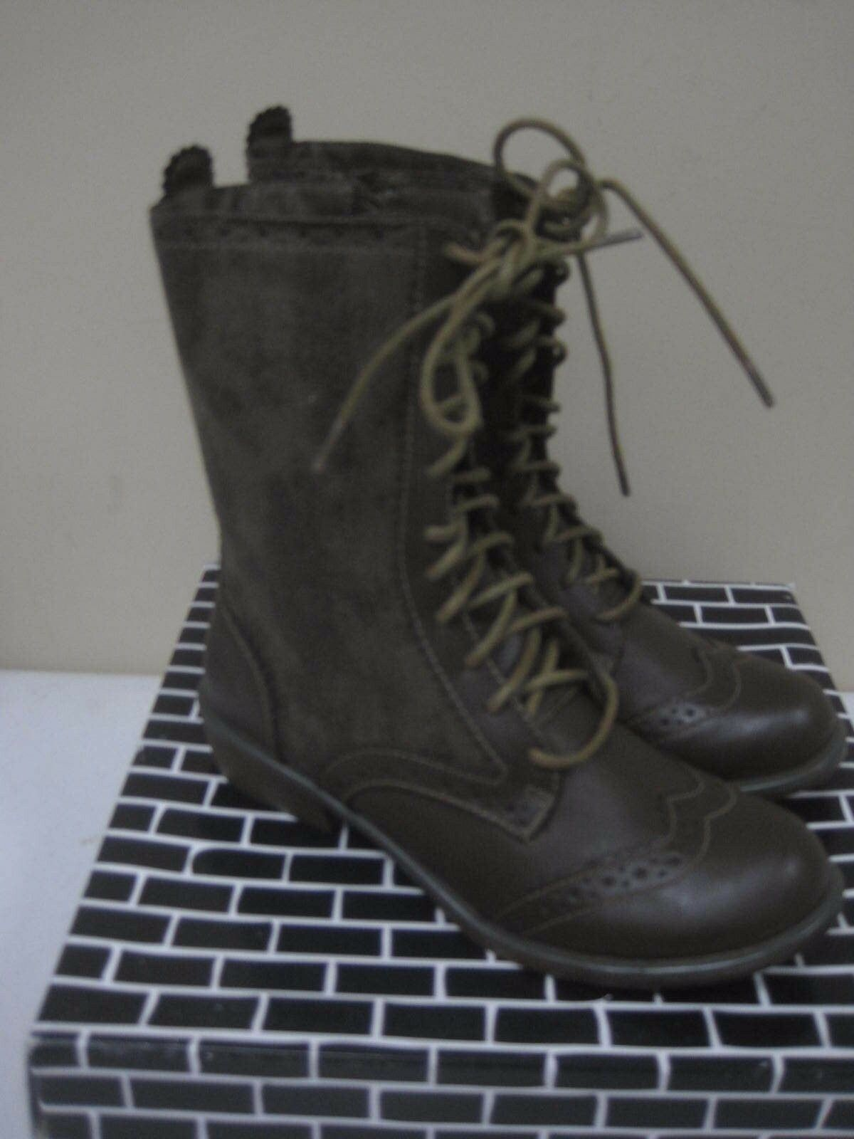 DIRTY LAUNDRY Paxton Distressed Taupe Ankle BOOTS Ladies Combat Lace Up Size 6