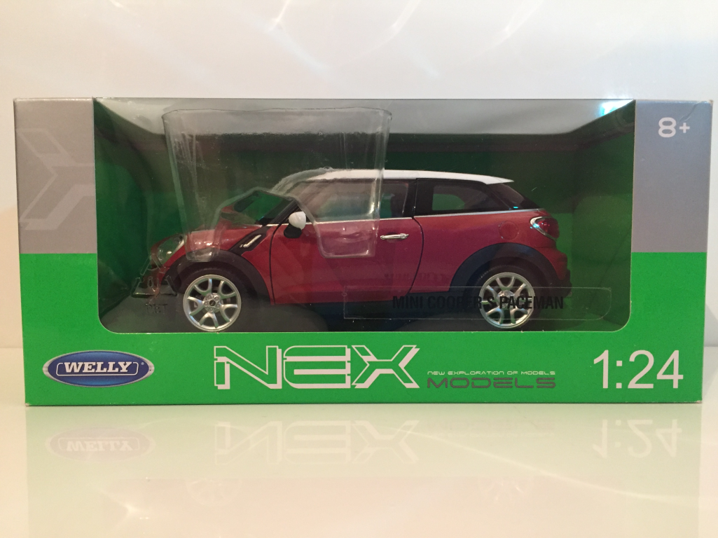 Mini Cooper S Paceman Red with White White White Roof Welly 24050 1 24 Scale 3fd430