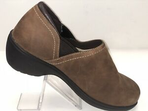 LL-BEAN-Womens-Suede-Slip-on-Mocs-Mules-Shoes-Size-8-Wide-Brown-Walking-Sneakers