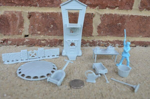 Marx Famous Playhouse Props Set #2 Gray Dollhouse Diorama 45MM Accessories