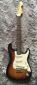 1990-Fender-Stratocaster-Strat-Plus-Deluxe