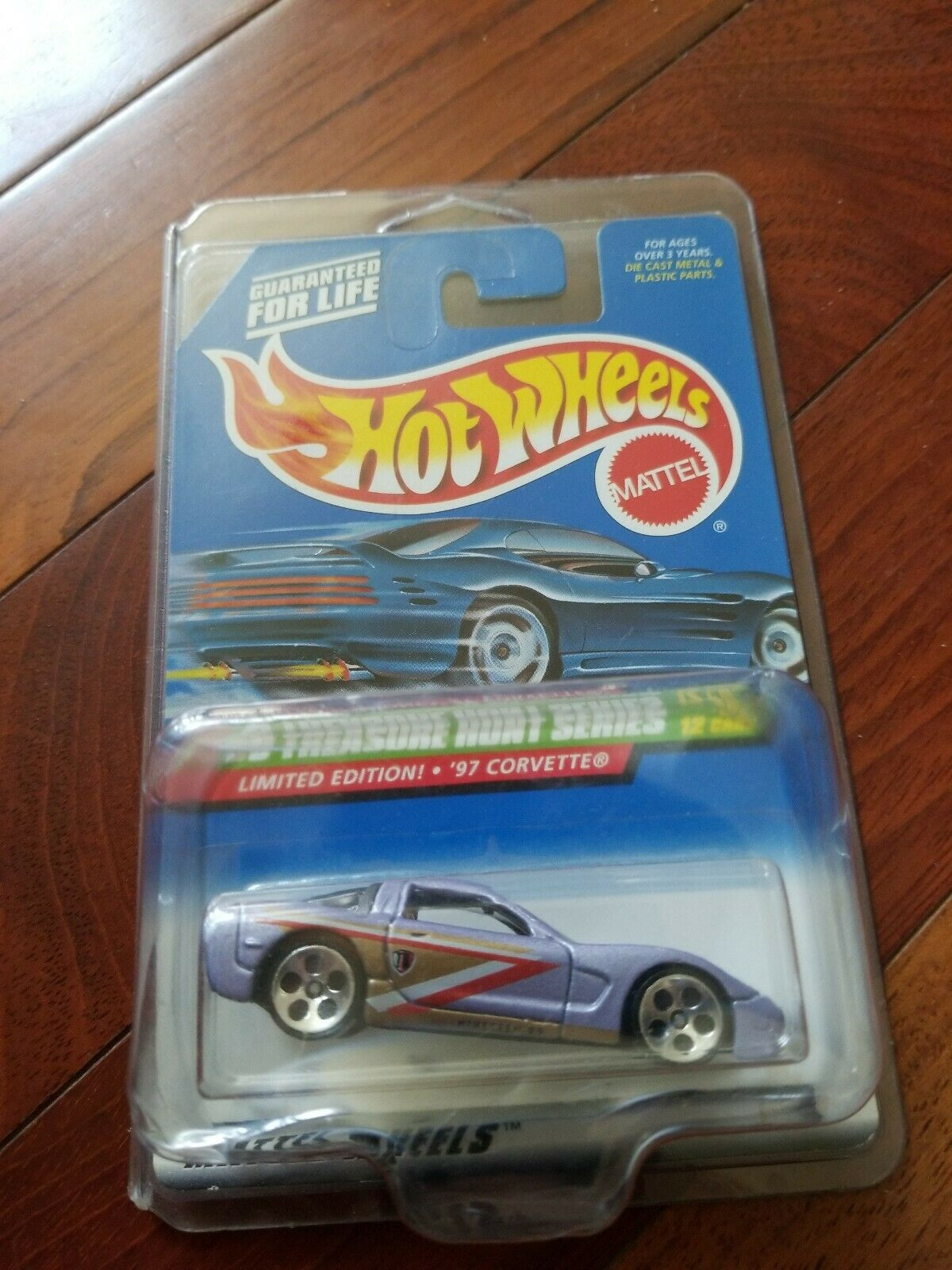Hot Wheels 1999 Treasure Hunt Series 1997 97 Chevrolet Corvette of 12