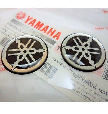 40mm YAMAHA 3D Logo Raised Fuel Tank Sticker Decals BLACK R1 R6 FZ1 FZ6 FZ8 x 2