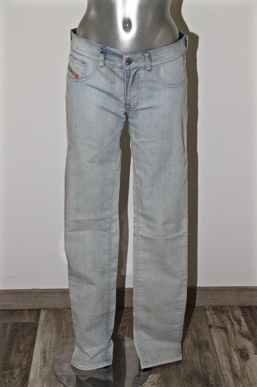 Bonito jeans súper pitillo jeggings desteñido DIESEL modelo livier T W30