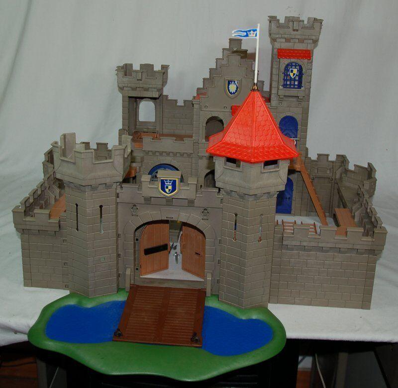 Riesen-Ritterburg (aus versch. Kästen) - Playmobil - ähnlich 3268