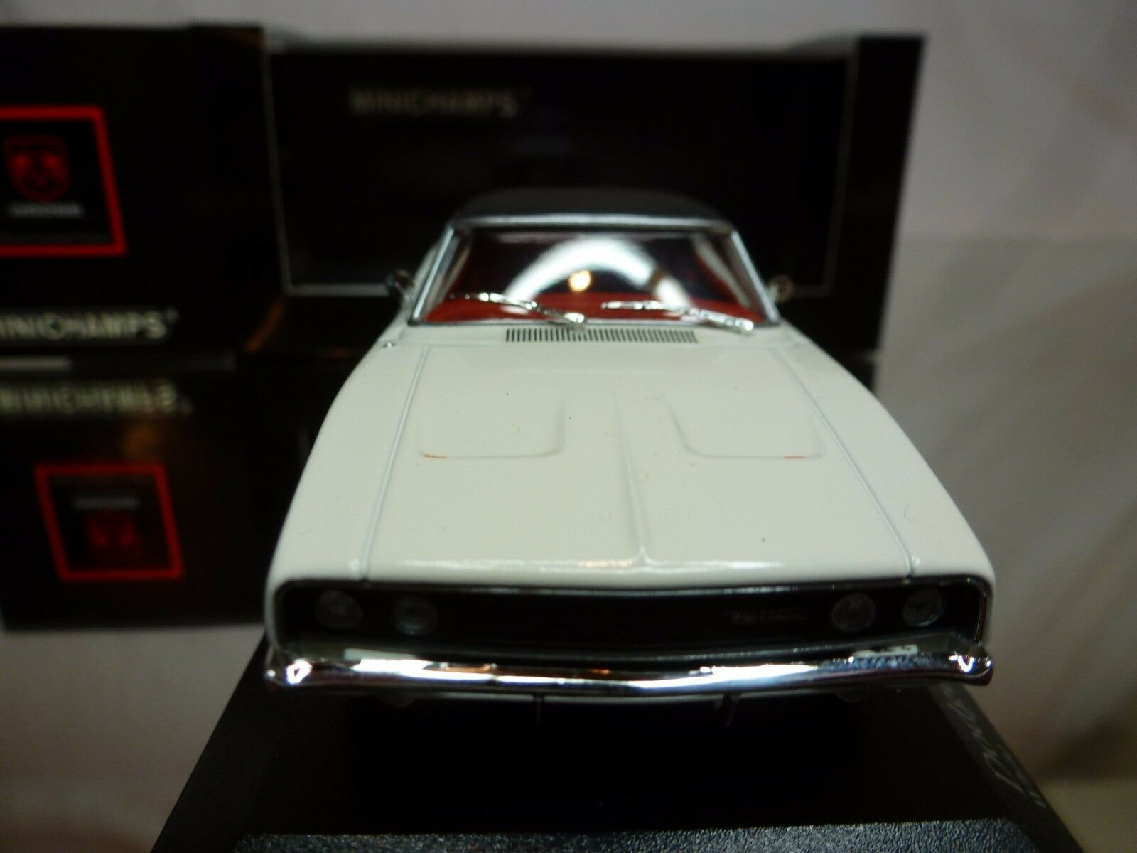 MINICHAMPS DODGE CHARGER R T HARDTOP COUPE 1968 - WHITE WHITE WHITE 1 43 - EXCELLENT IN BOX 51515f