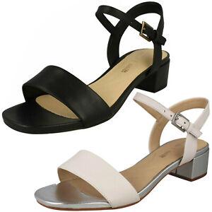 46f598d4 Detalles de Mujer Clarks Orabella Iris Elegante Blanco o Negro Cuero  Sandalias Tacón Bajo