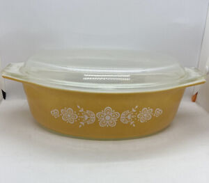 Vintage Pyrex Butterfly Gold 2.5 L Casserole Dish With Lid #045 Yellow White