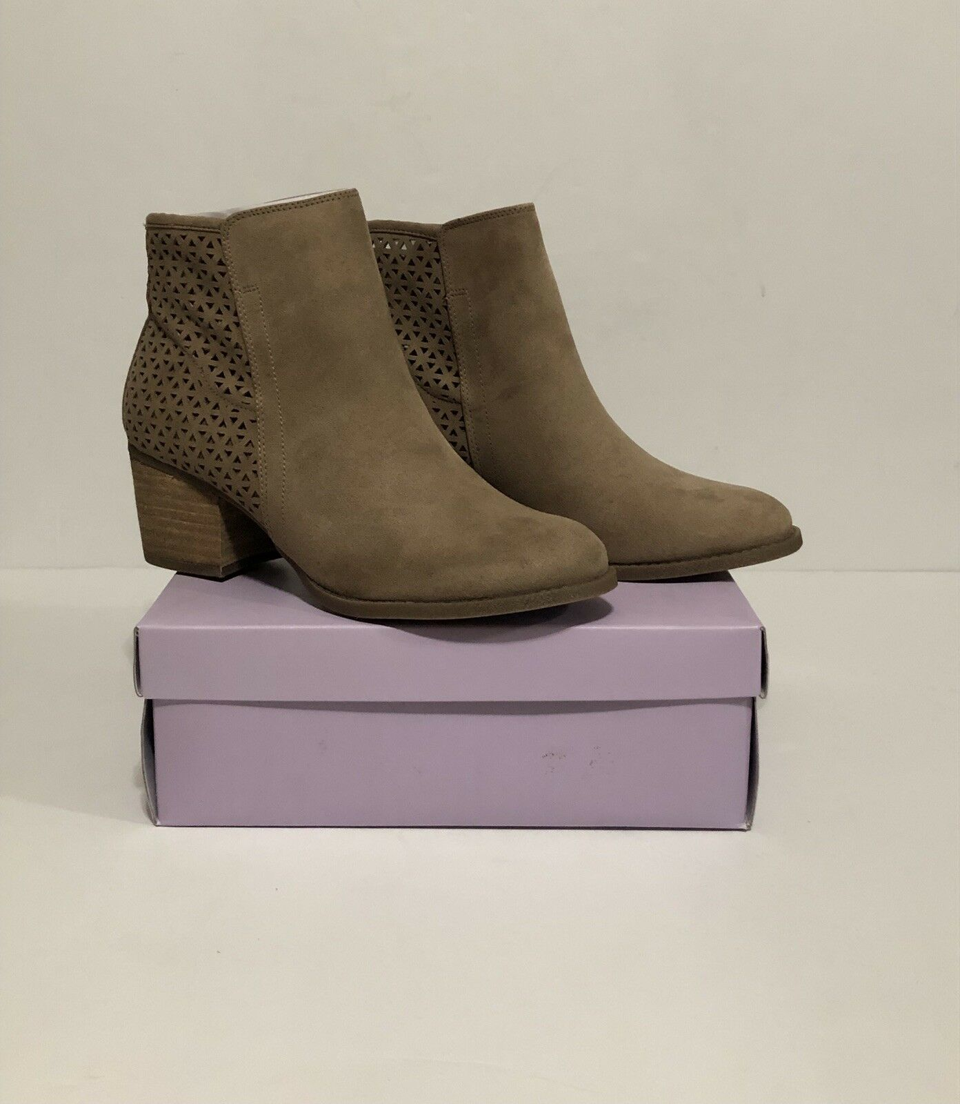 Madden Girl FAYTH Boot Booties Sand 10M Retail  79