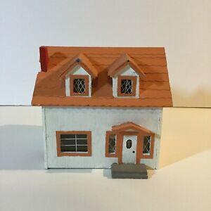 Miniature-Dollhouse-Display-Tiny-White-House-Handmade-4-25-034-x-4-034-x-4-5-034