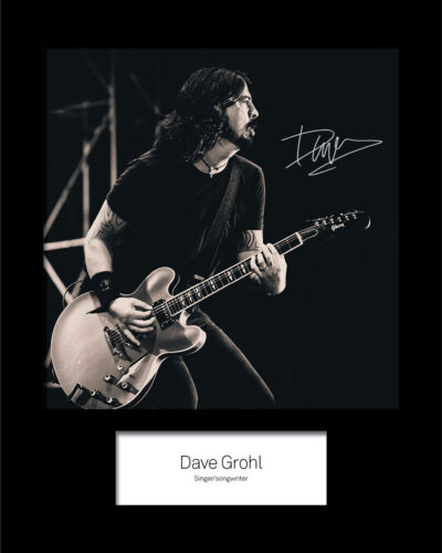 FREE DELIVERY Reprint DAVE GROHL #2 10x8 SIGNED Mounted Photo Print