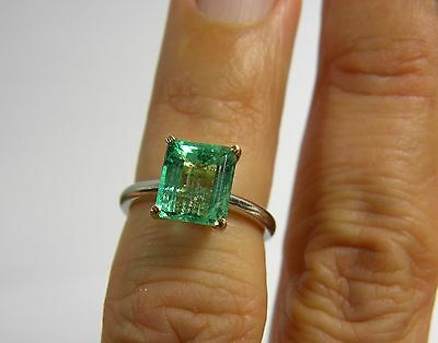 Estate 2.20cts Natural Colombian Emerald Solitaire Ring Platinum & 18K Gold
