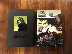 THE-WALKING-DEAD-Deluxe-Hardcover-Vol-2-OMNIBUS-Slipcase-edition-new