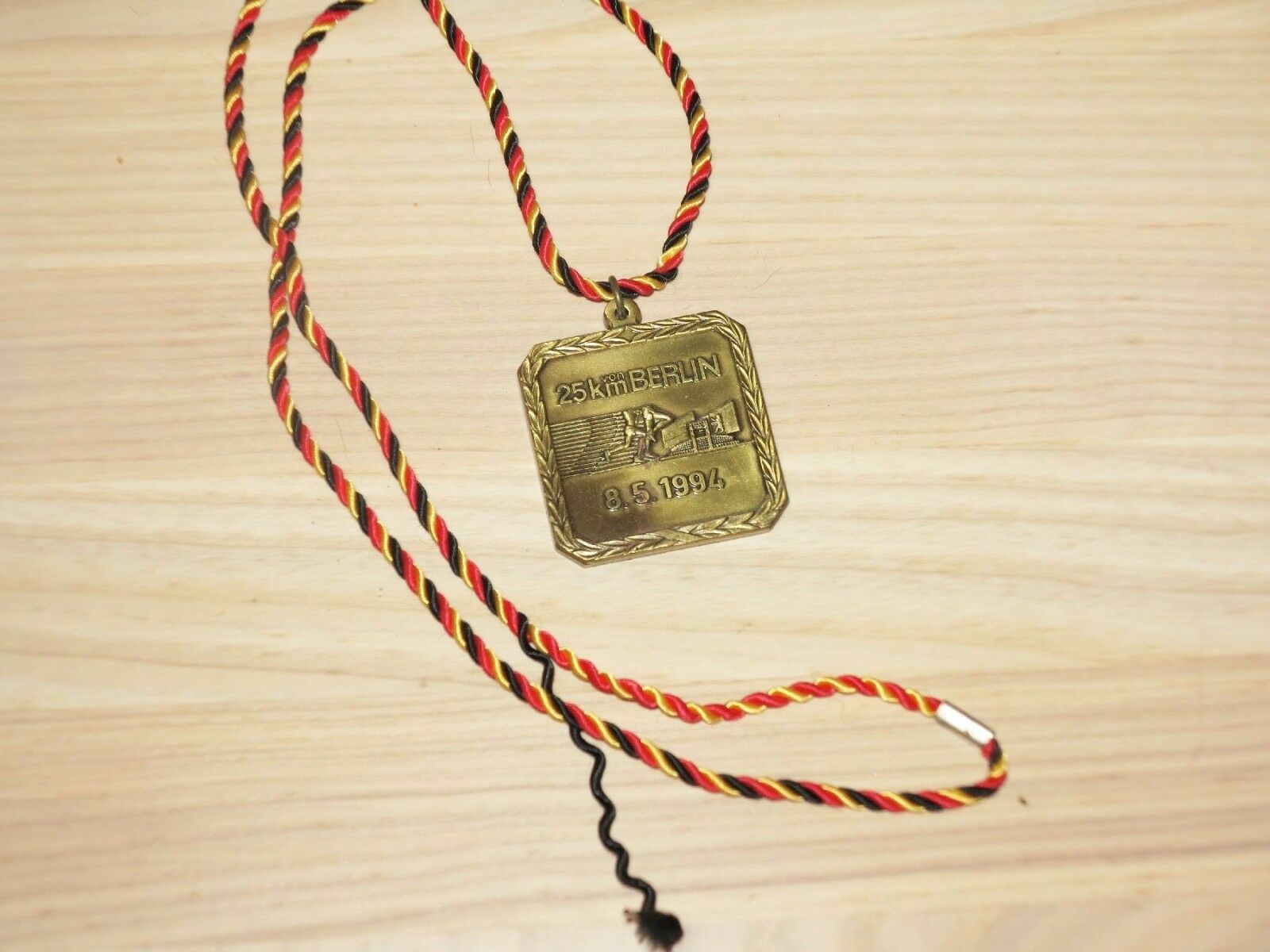 25 KM of Berlin Marathon 1994 Medaille Original Subscriber Finisher - Top RAR