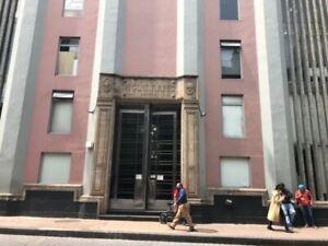 Venta de oficina en Isabel la Católica  en el centro