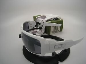 New-Rare-Oakley-Lil-Jon-White-Oil-Drum-Polished-White-w-Black-Iridium-03-408
