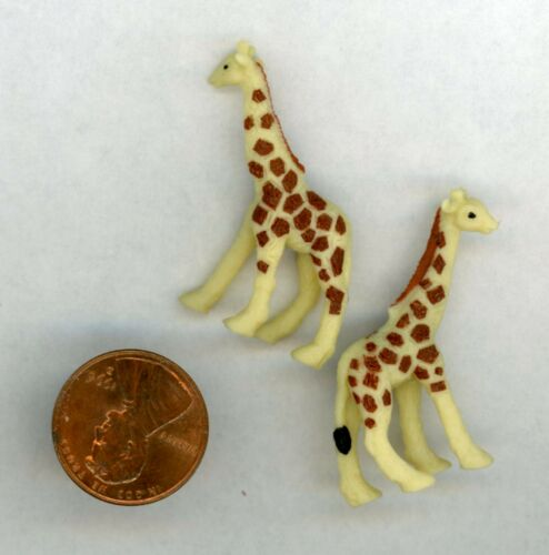 Miniature Dollhouse DHDH or Childs Room Animal (2) Giraffes