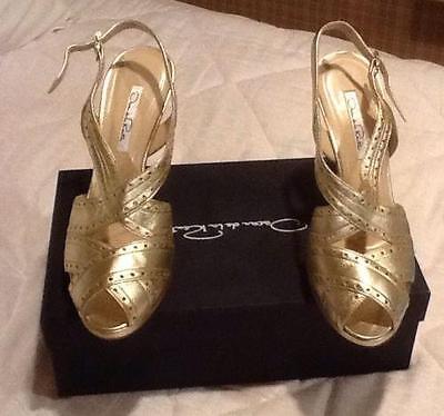 Oscar de La Renta Gold Spectator Sandals NWB Size 38.5
