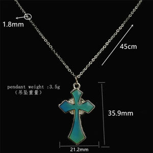 Sensitive-Crystal-Thermo-Mood-Color-Change-Cross-Pendant-Necklace-for-Unisex