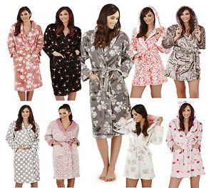 6c0fbedcd9 Luxury Short Hooded or Full Length Fleece Bath Robe Dressing Gown ...