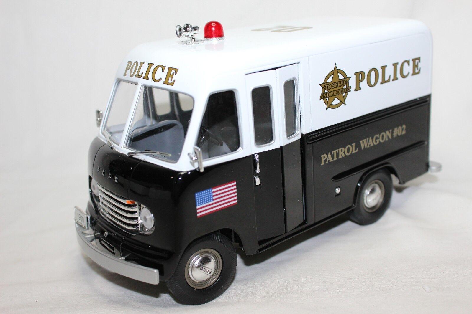 Einzigartige repliken 24 skala 1950 schritt van polizeistreife wagen   02
