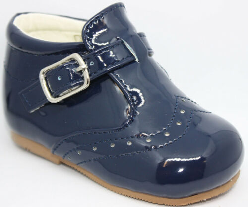 Sevva Boy/'s Spanish Patent Buckle Walking Shoe//Boot UK Infant Size 2-8