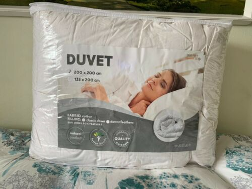 Brand New Luxury 50% White  Goose Down and 50% Feathers, Double Duvet