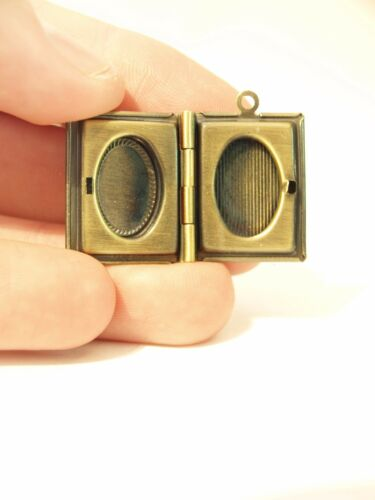 Vintage Bronce Tono Collar Medallón En Miniatura-Foto Marco Colgante 21x19mm