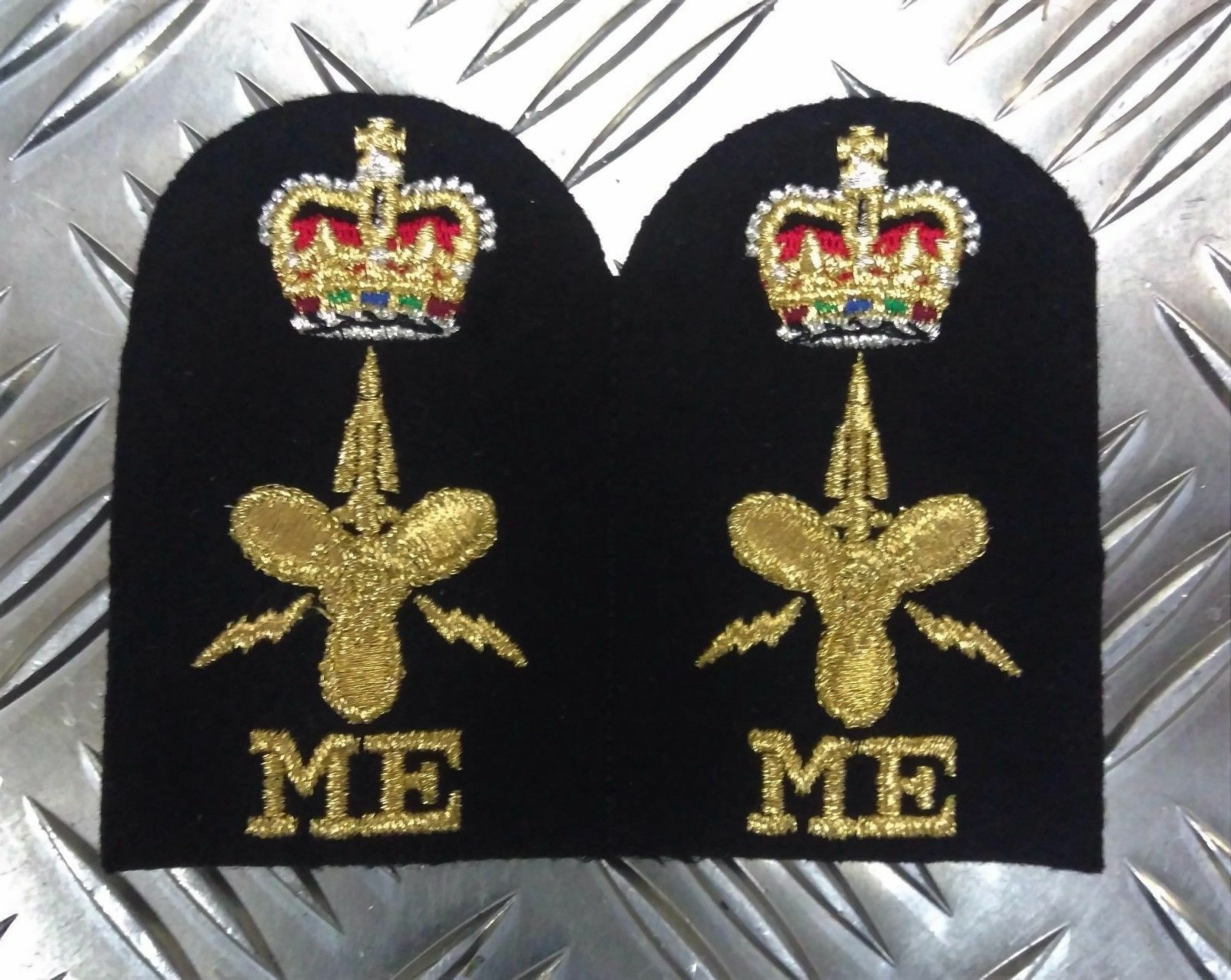 Authentique Royal Navy Brodé Assorti Branche Qualification Qualification Qualification Badges Divers Neuf a6774d