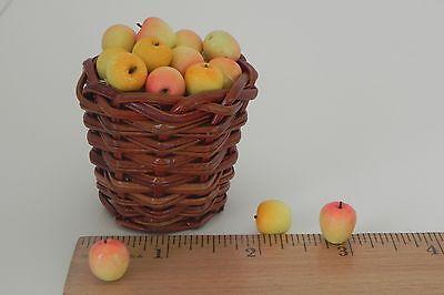 Apples Set of 15 w/Straw Basket Dollhouse MiniatureFood Market Diorama