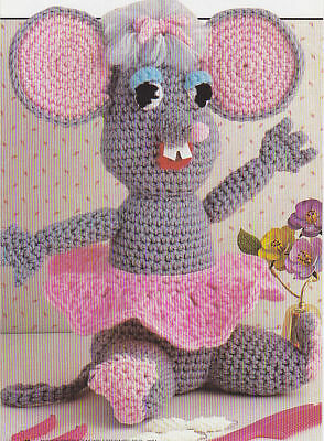Amigurumi Ballerina Mouse - A Free Crochet Pattern - Grace and Yarn | 400x294